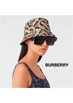 Catalogues et collections Burberry : La Campagne TB Summer Monogram  Femme